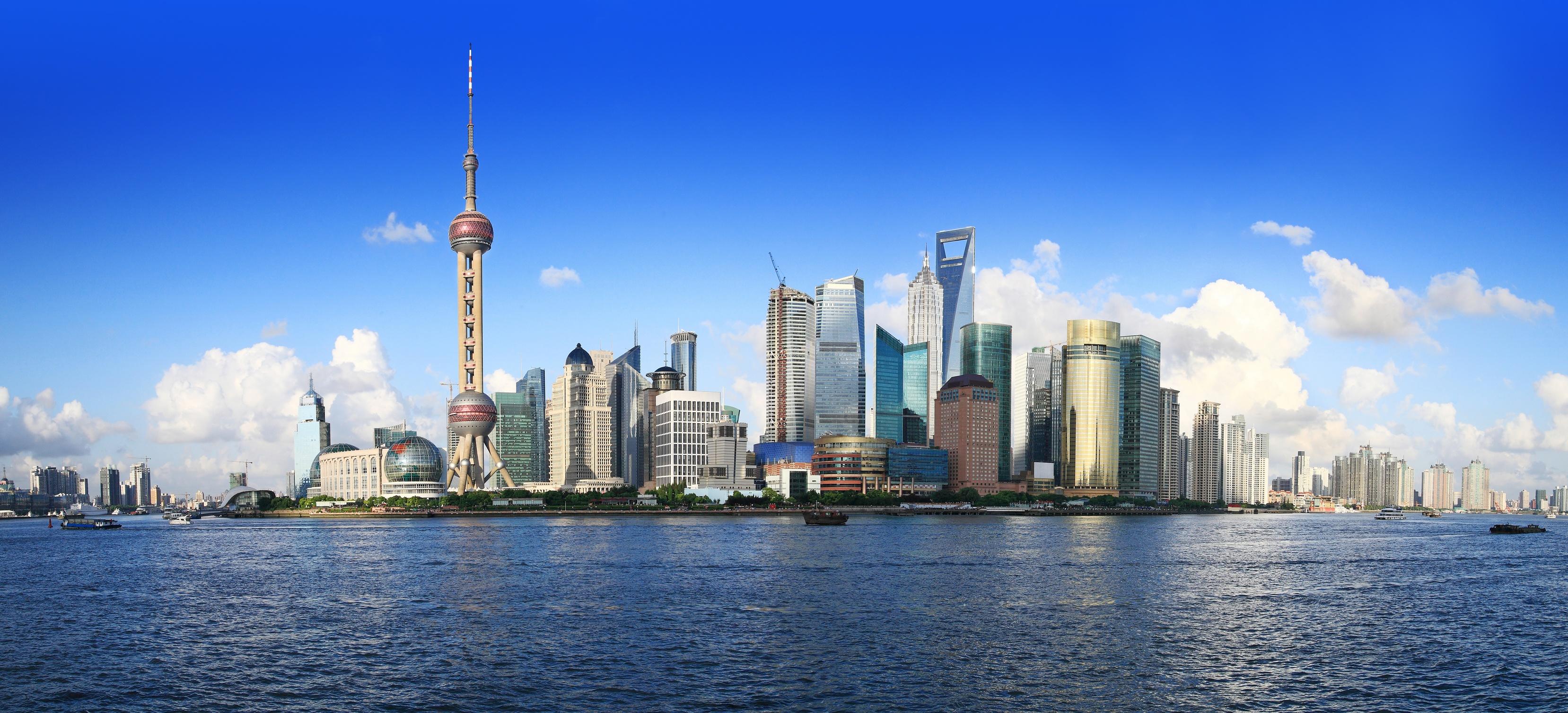 Muoviraaka-aineiden_asiantuntija_myös_Kiinassa_Shanghai.jpg